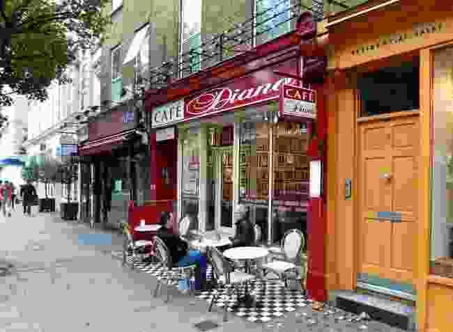 Café Diana (WikiMedia Commons/Oxfordian Kissuth)