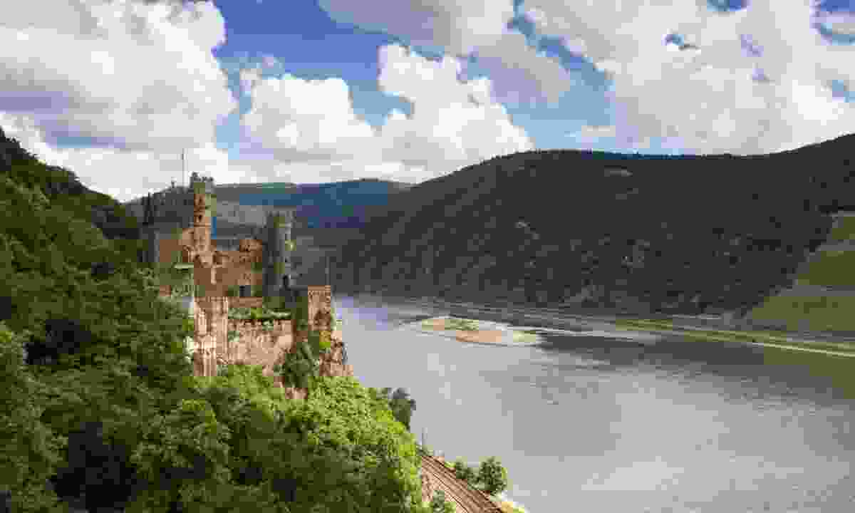 Castle Rheinstein overlooking the Rhine Valley (Dreamstime)