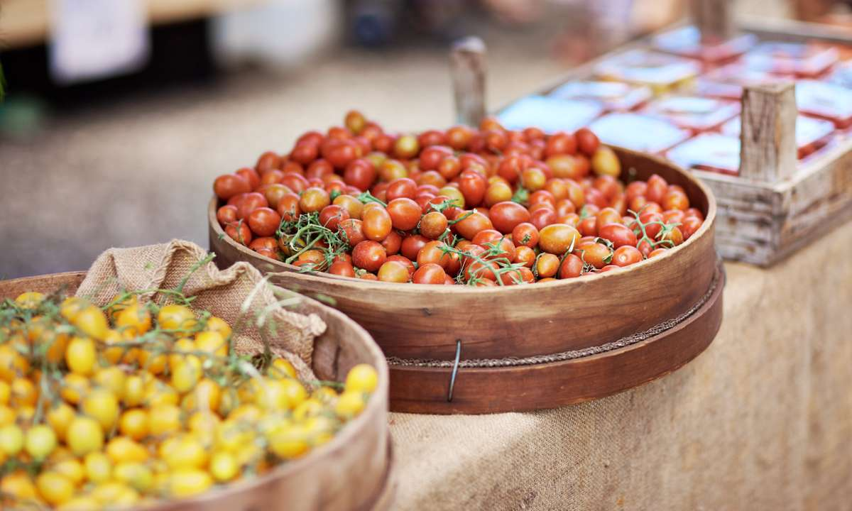 Fresh food in Noosa (Tourism and Events Queensland)