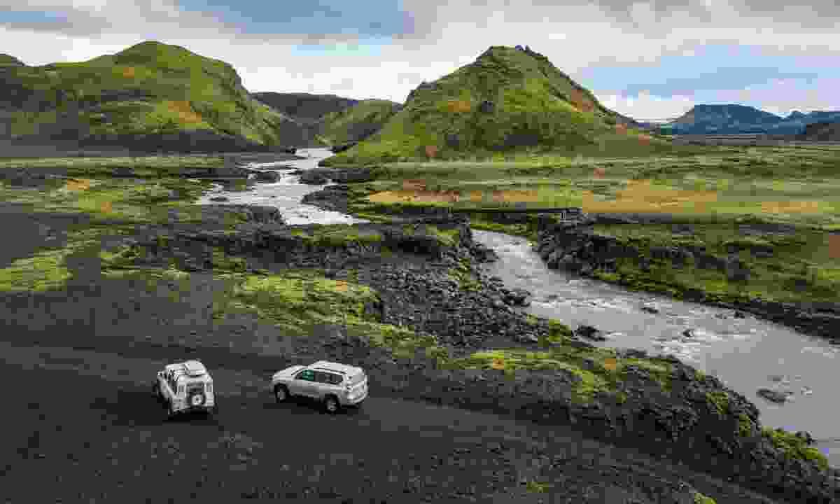 4WD in Iceland (Shutterstock)