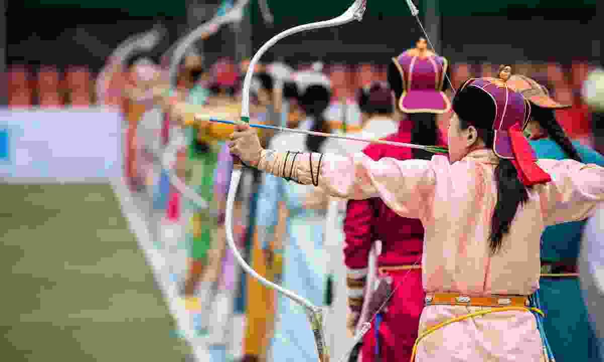 Archery contest during Naadam Festival (Shutterstock)