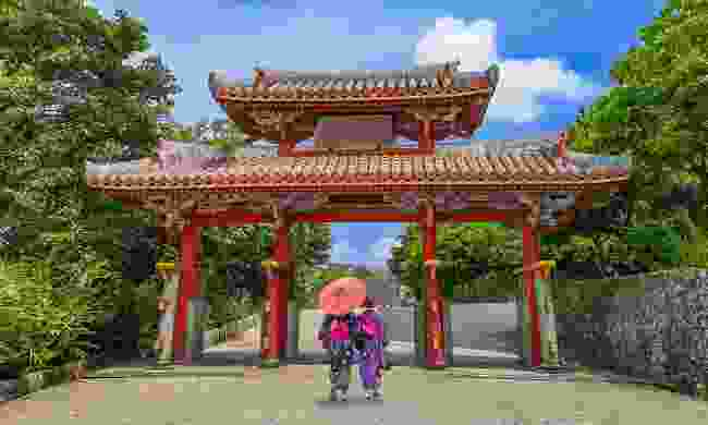 Shureimon Gate in Shuri castle in Okinawa (Shutterstock)
