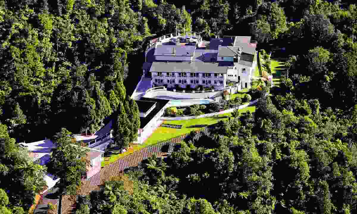 Aerial view of Waitakere Estate (Dreamstime)
