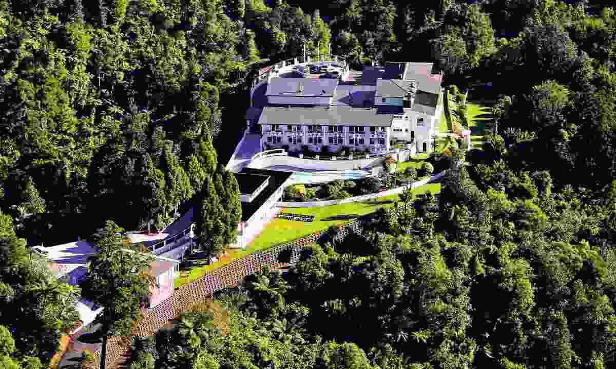 Aerial view of Waitakere Estate (Dreamstime)