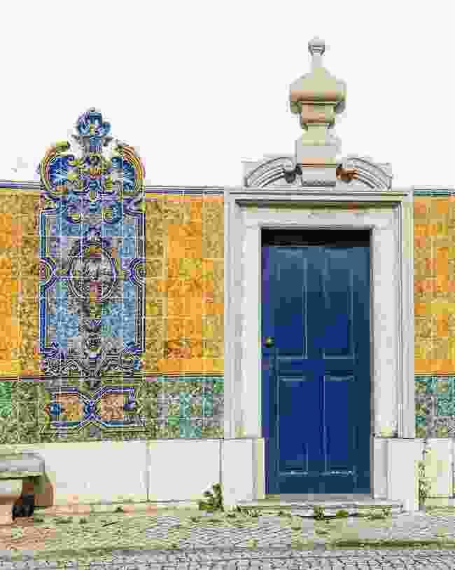 A doorway to Lisbon (Shutterstock)