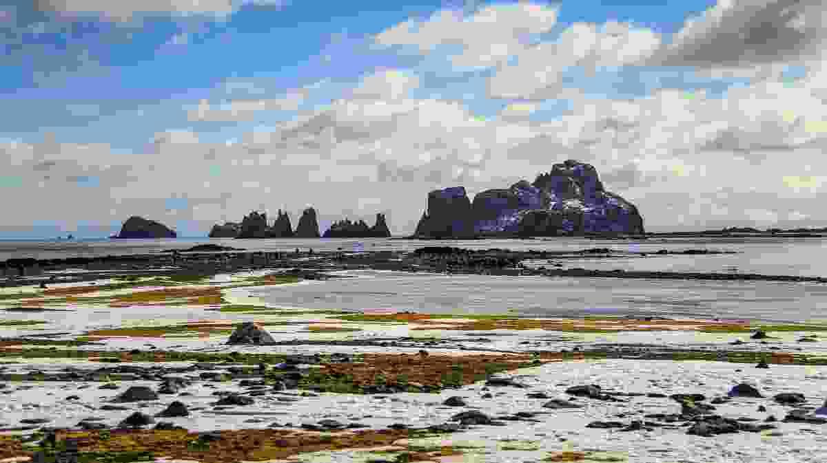 The South Shetland Islands, north of the Antarctic Peninsula (Dreamstime)