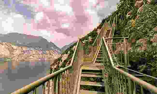 Trek the Busatte-Tempesta Trail (Dreamstime)