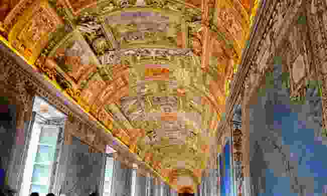 Virtually explore the Vatican (Shutterstock)