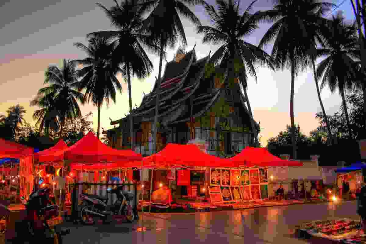 Luang Prabang night market (Shutterstock)