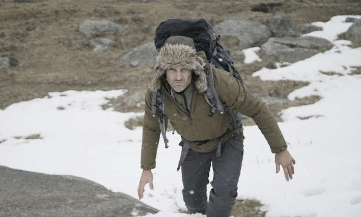 Trekking through the Mongolian Altai mountains (Discovery Channel)