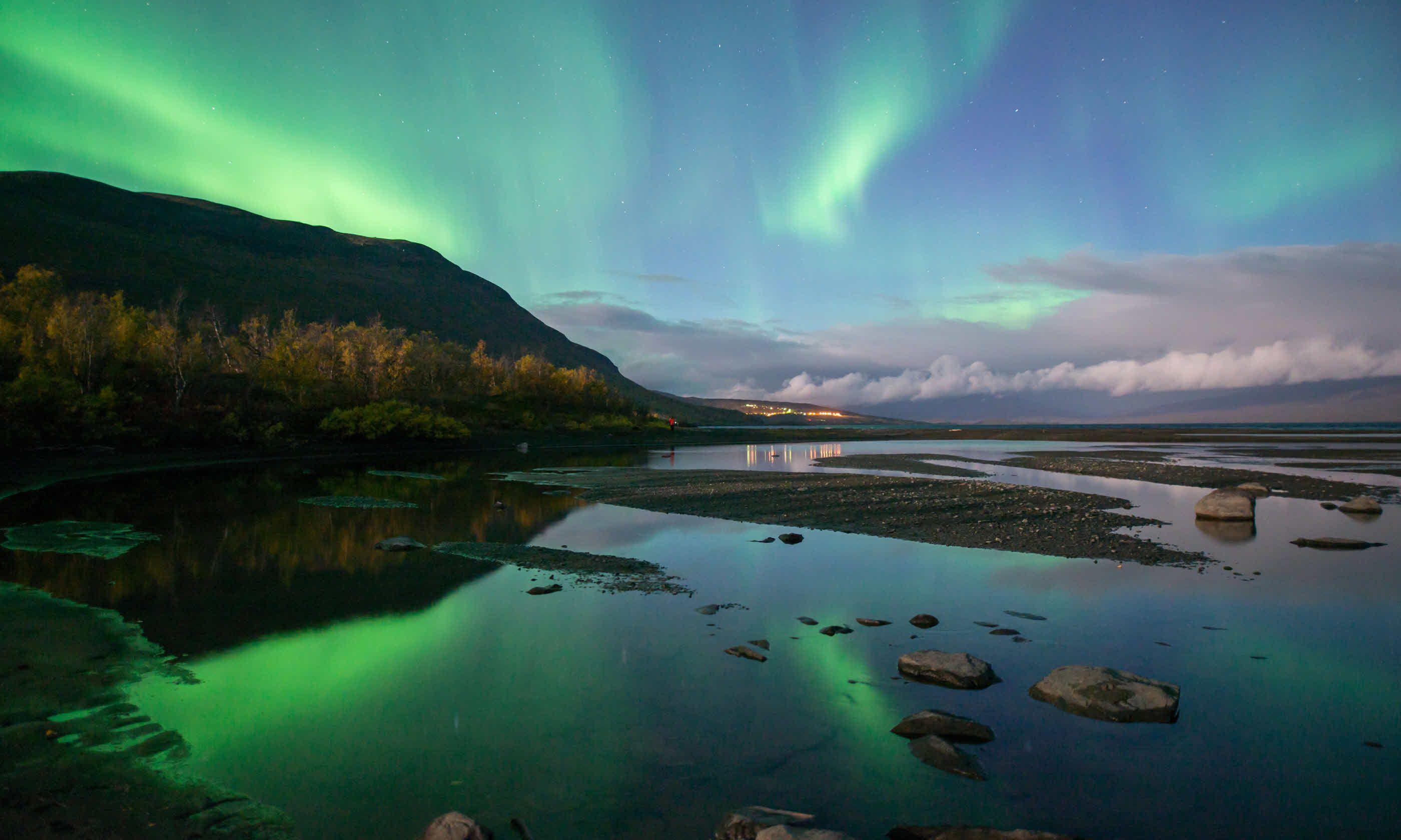 Northern Lights In Arctic Sweden (Dreamstime)