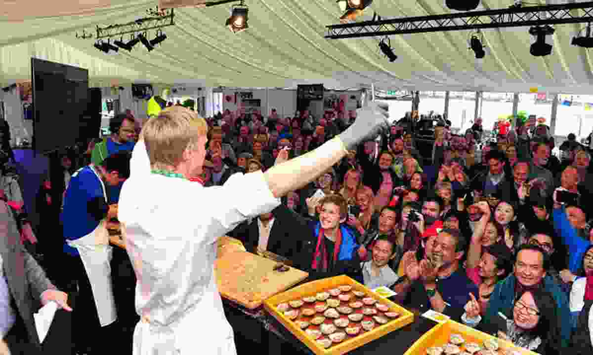 Working the crowd (Galway Oyster Festival)