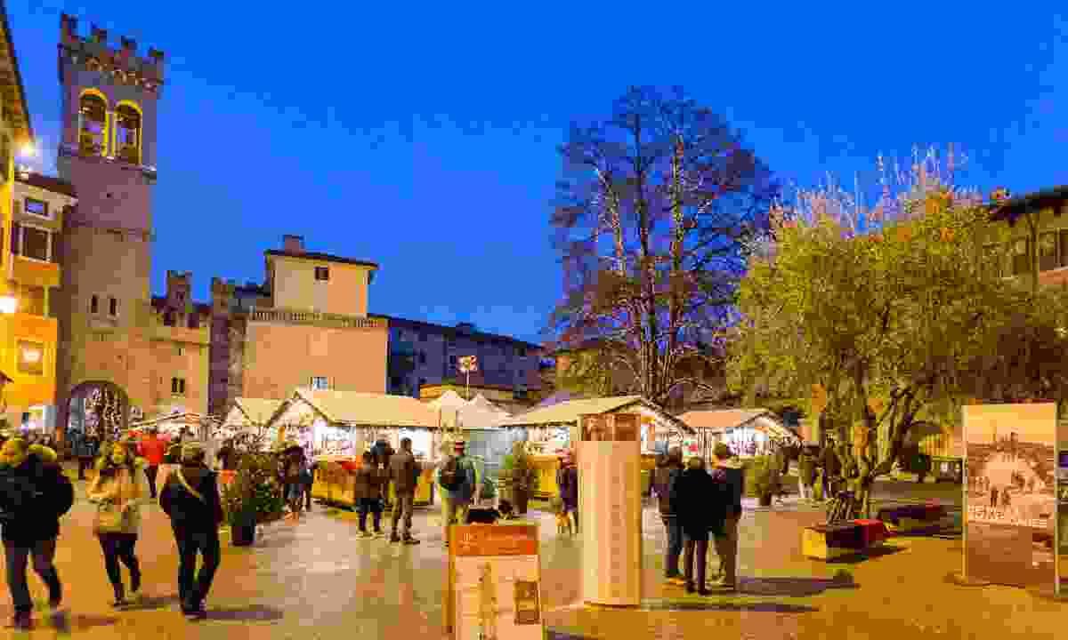 Visit some of Garda Trentino's many Christmas markets (Garda Trentino)