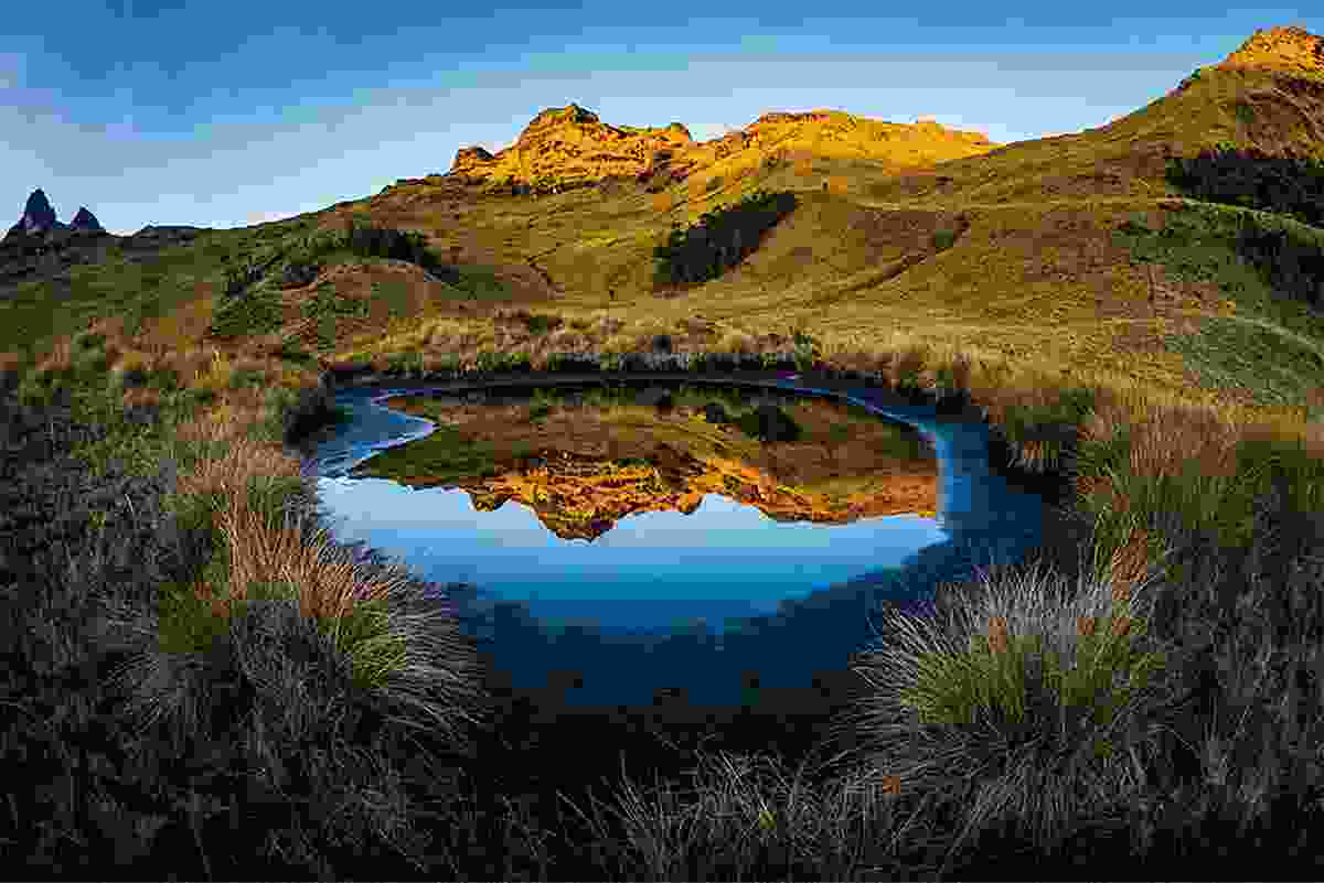 Dreamlike reflection at the Mount Giluwe volcano in Papua New Guinea (Photo © Adrian Rohnfelder. All rights reserved)