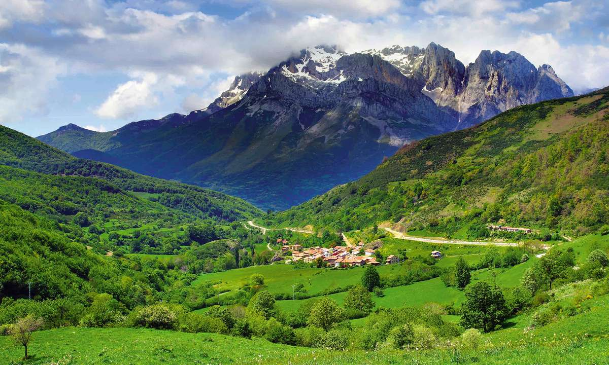 Picos de Europa National Park, Spain (Dreamstime)