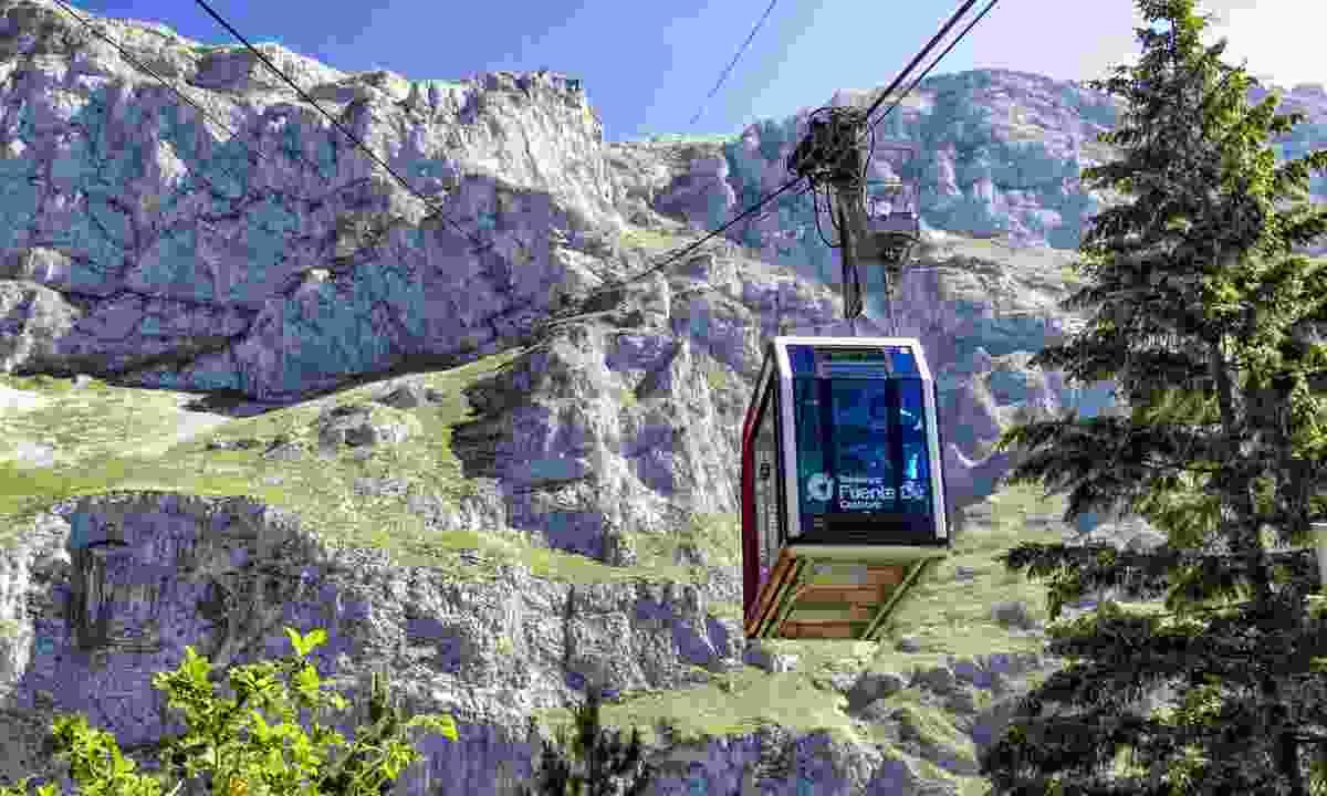 Fuente Dé cable car (Dreamstime)