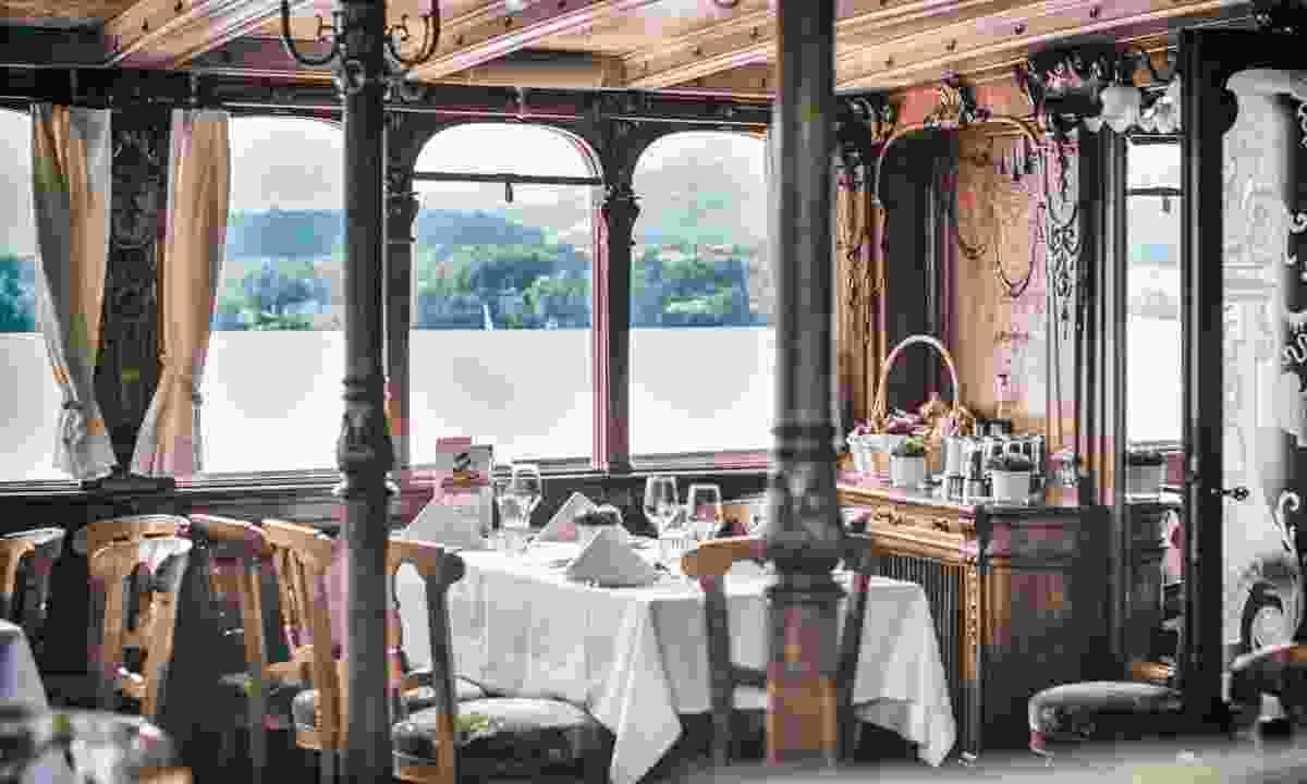 Enjoy a culinary cruise on Lake Lucerne (Lucerne Tourism Board)
