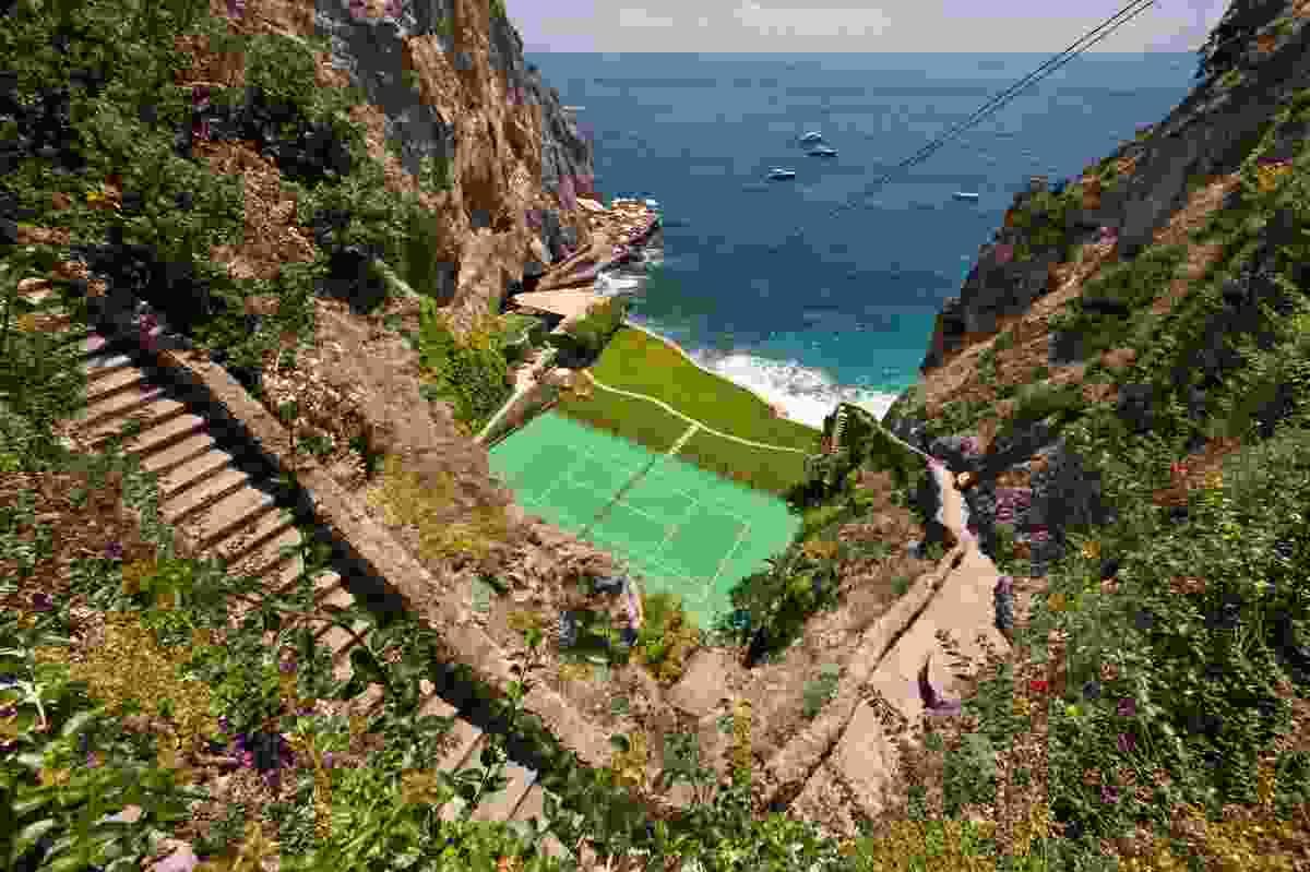 The tennis court at Il San Pietro di Positano (Maddalena Ardemagni)