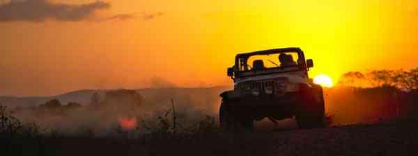 Road trip in Belize (Shutterstock)