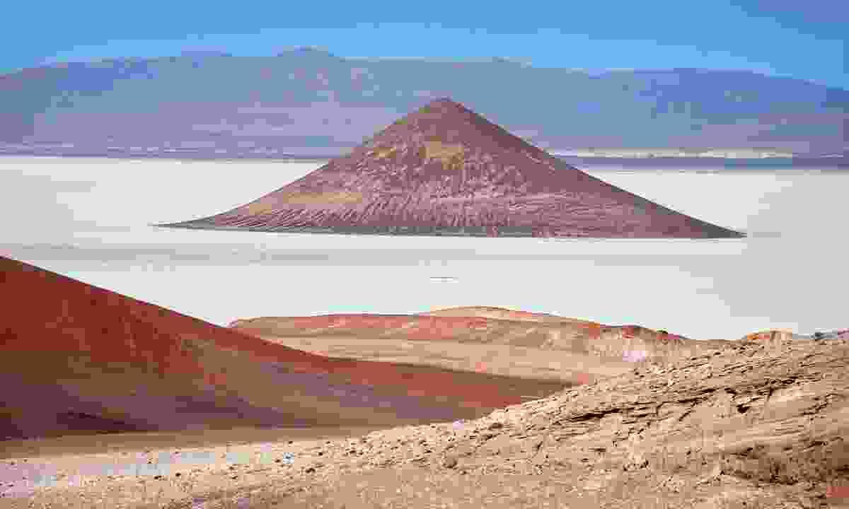 The surreal volcano-pyramid of Cono de Arita (Lyn Hughes)