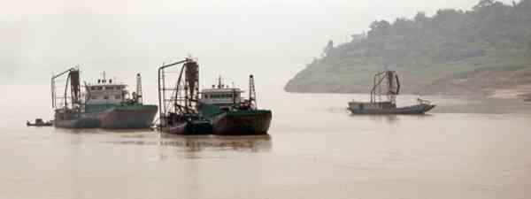 Yangtze River (Harvey Barrison)