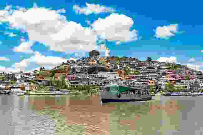 A boat on Lake Patzcuaro (Shutterstock)