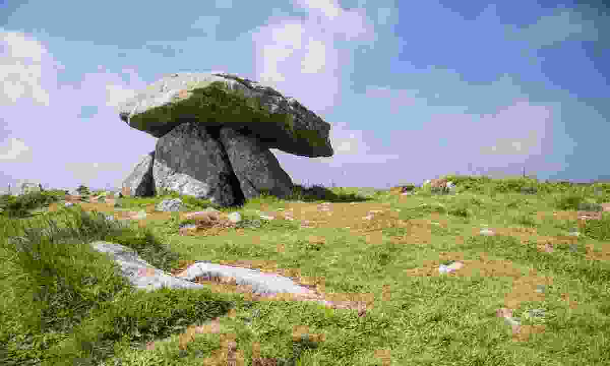 The centre stone in Chun Quoit (Dreamstime)