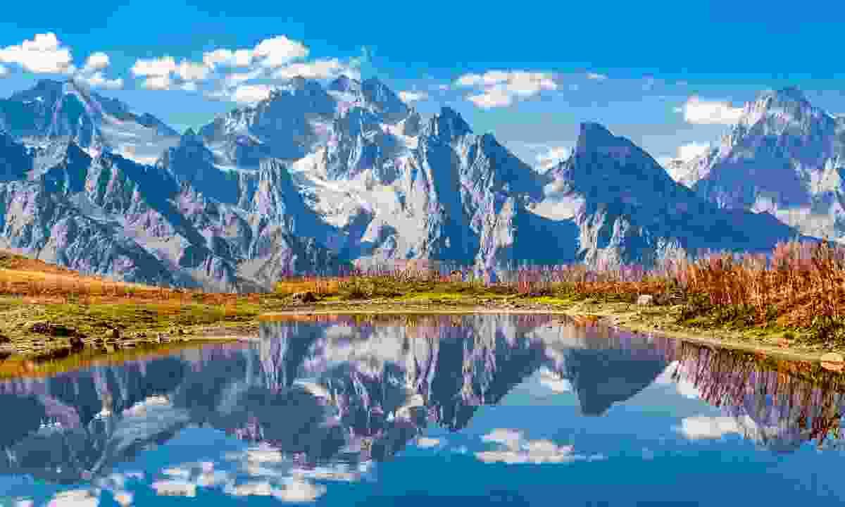 Koruldi Lake near Mestia (Shutterstock)