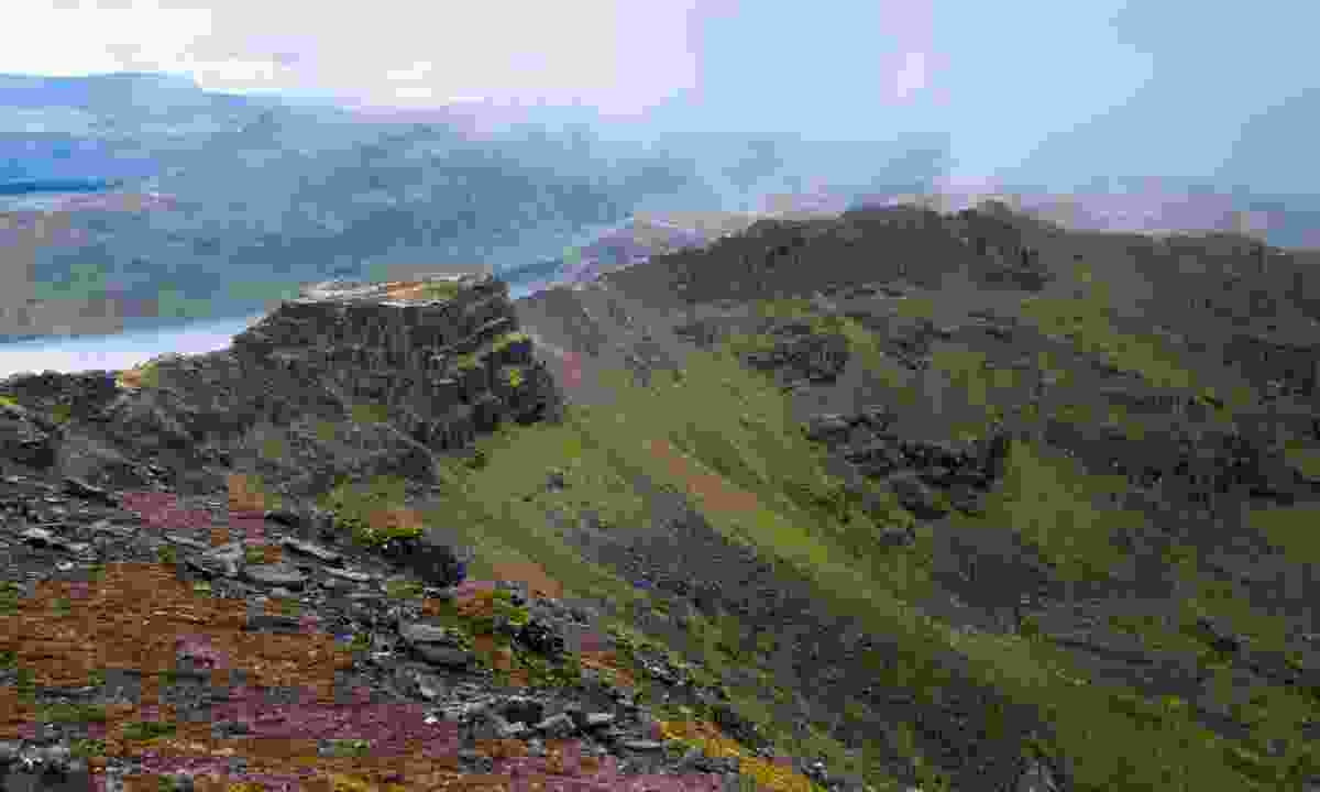 Mountain ridge in Fisherfield Forest (Dreamstime)