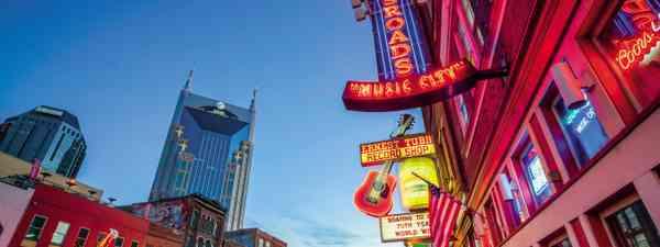 Lower Broadway, Nashville (Dreamstime)