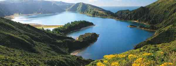 Reasons to visit the Azores (Visitazores)
