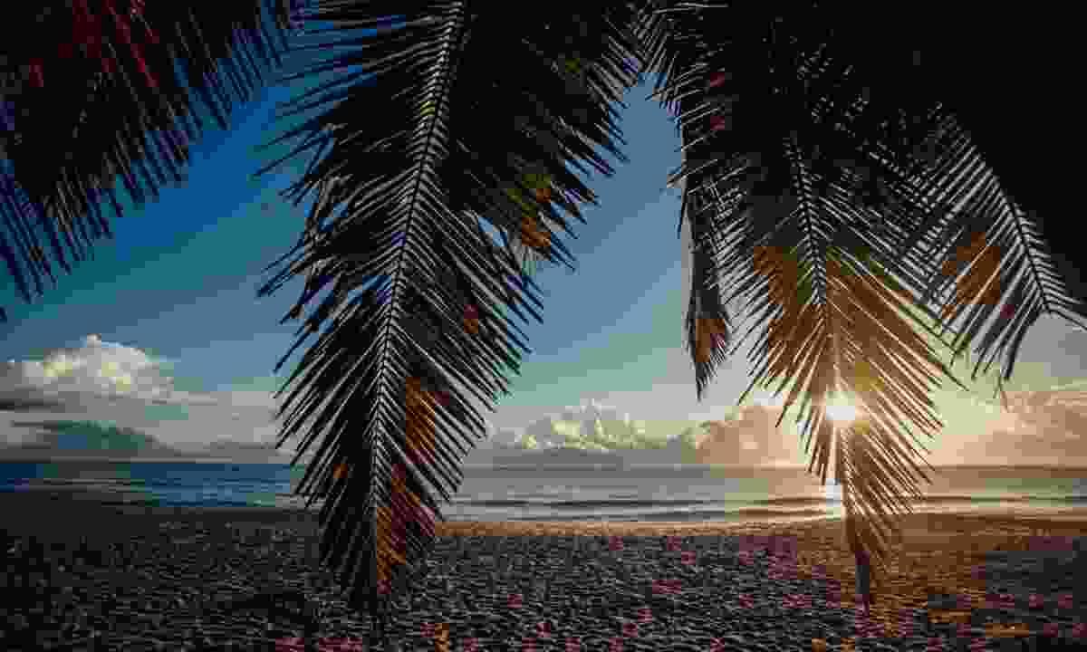 Sunrise in Arugam Bay (Shutterstock)