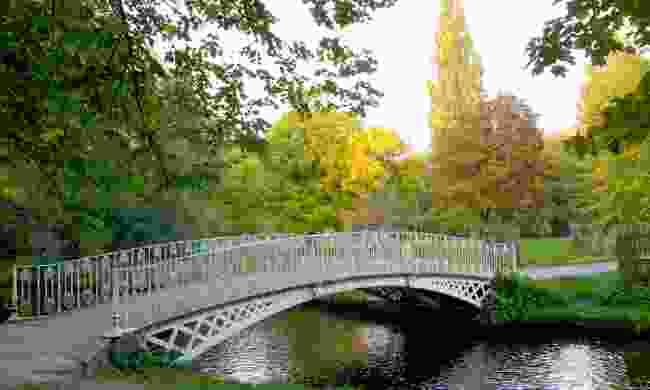 Iron bridge over River Wandle in Morden Hall Park (Dreamstime)