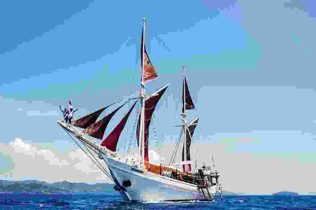 The Katharina: a traditional Pinisi wooden sailing boat (Alex Robinson)