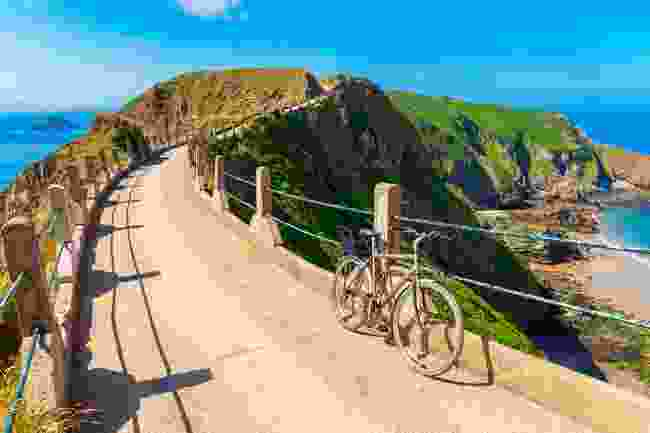 The isthmus of Sark in the Channel Islands (Shutterstock)