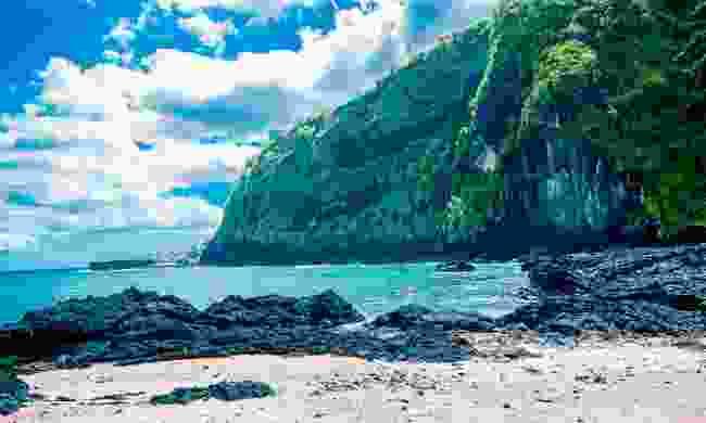The craggy coastline of Iconi (Shutterstock)
