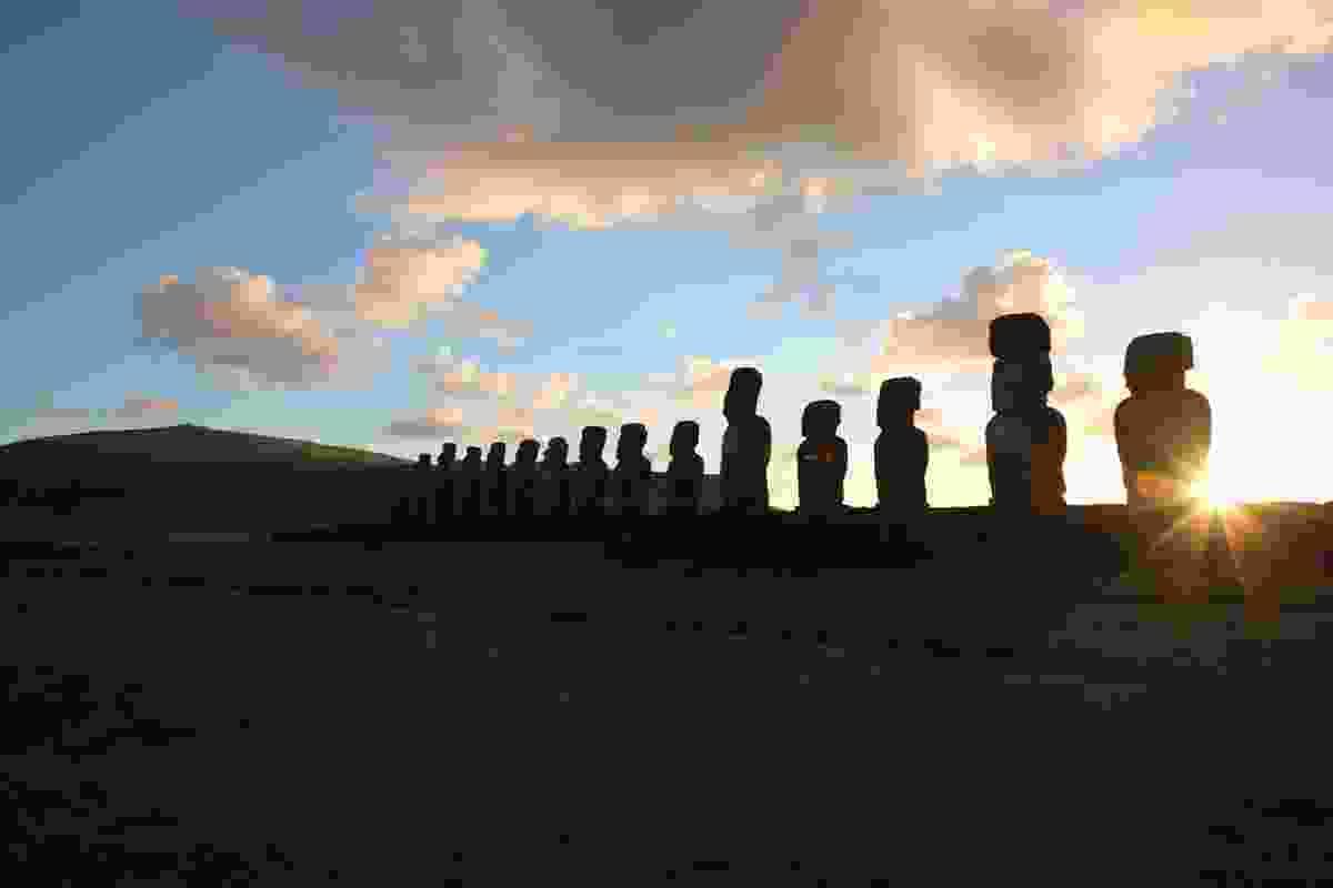 Tongariki sunrise (Phoebe Smith)