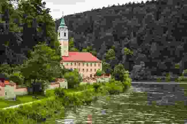 Weltenburg Abbey (Shutterstock)