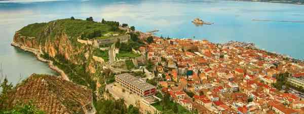 Nafplion center at Peloponnese peninsula (Shutterstock)