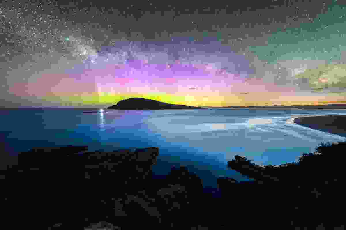 Aurora Australis over Betsey Island, near Tasmania, Australia (Shutterstock)