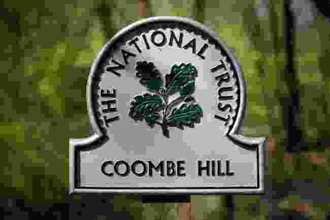 Coombe Hill's National Trust sign (Shutterstock)