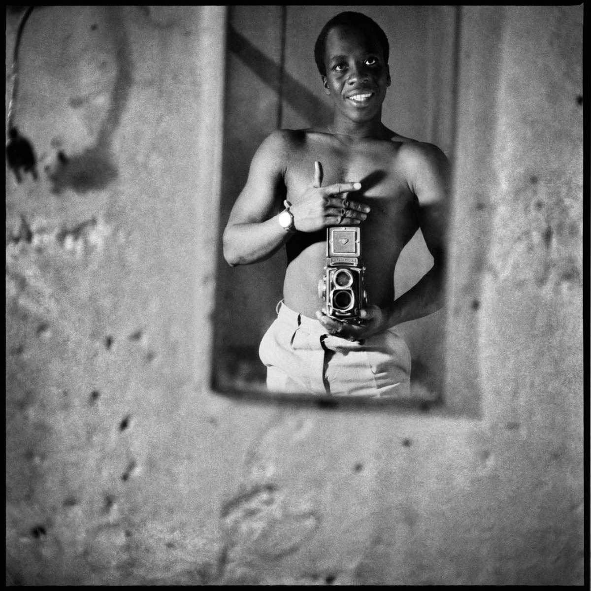 Autoportrait au Miroir, 1966 (Sory Sanlé)