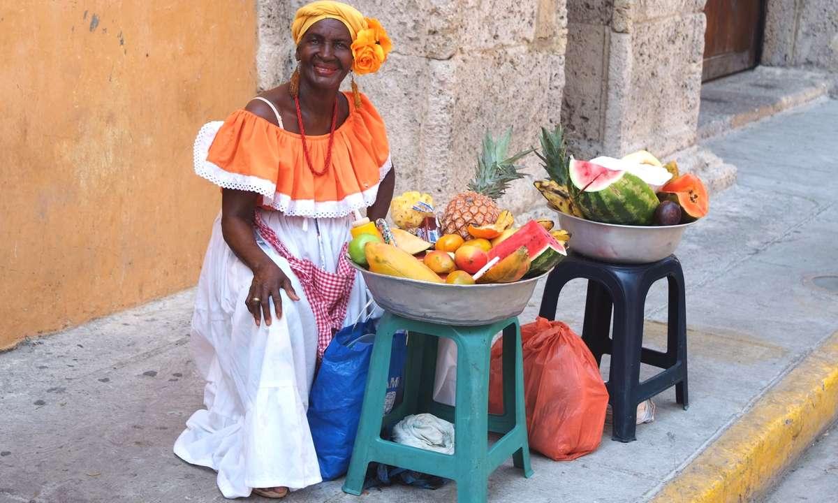 Friendly fruit seller in Cartagena