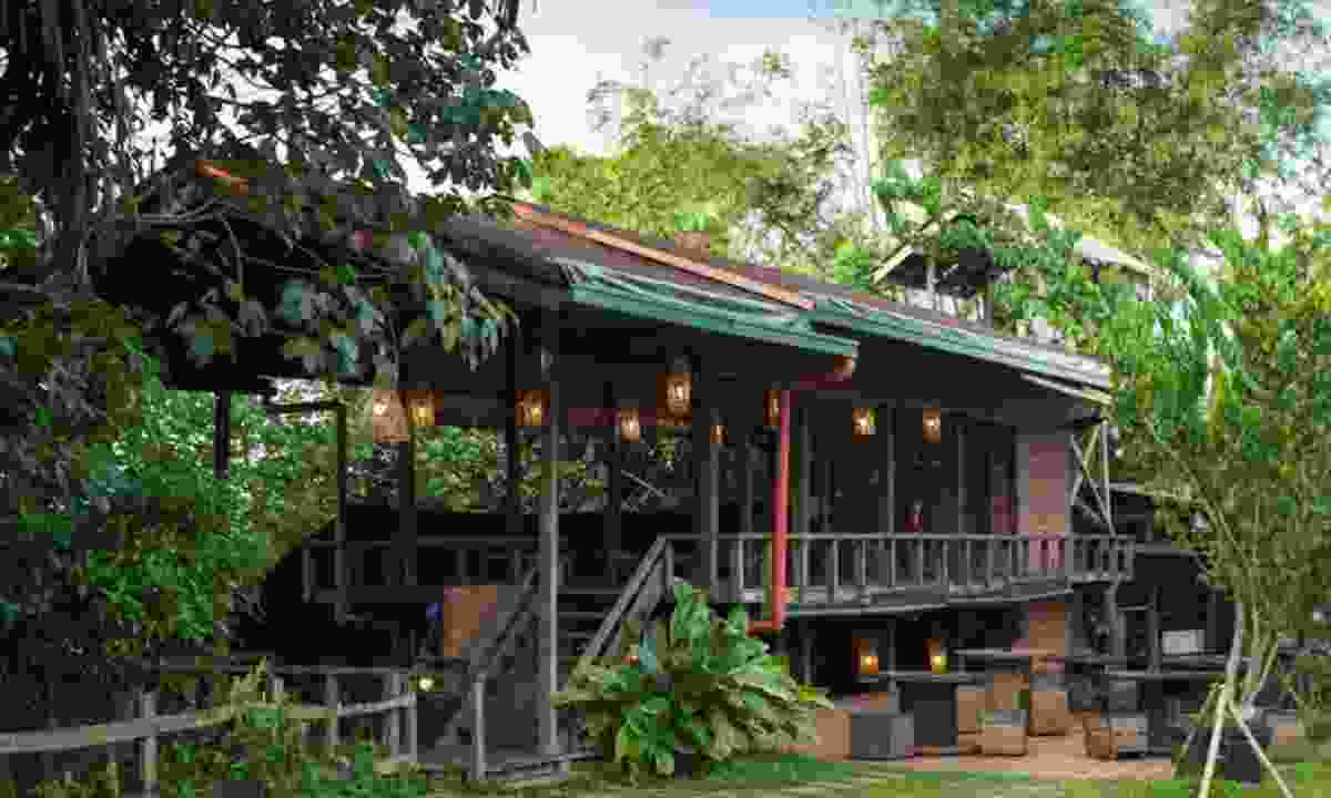 The open-air restaurant is right in the jungle (Paganakan Dii)