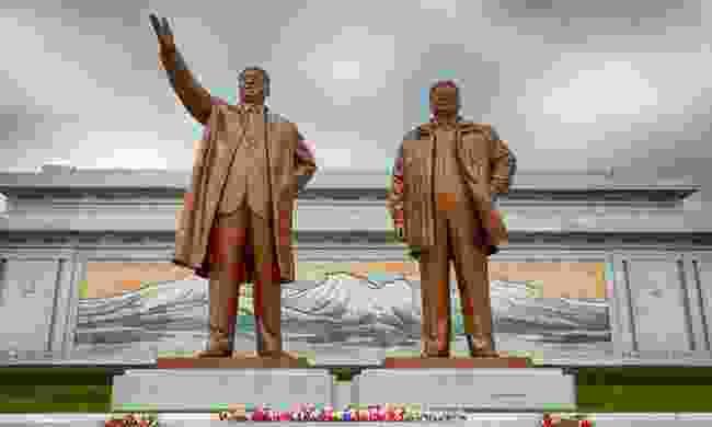Monument to Kim Il-sung and Kim Jong-il, Pyongyang, North Korea (Dreamstime)