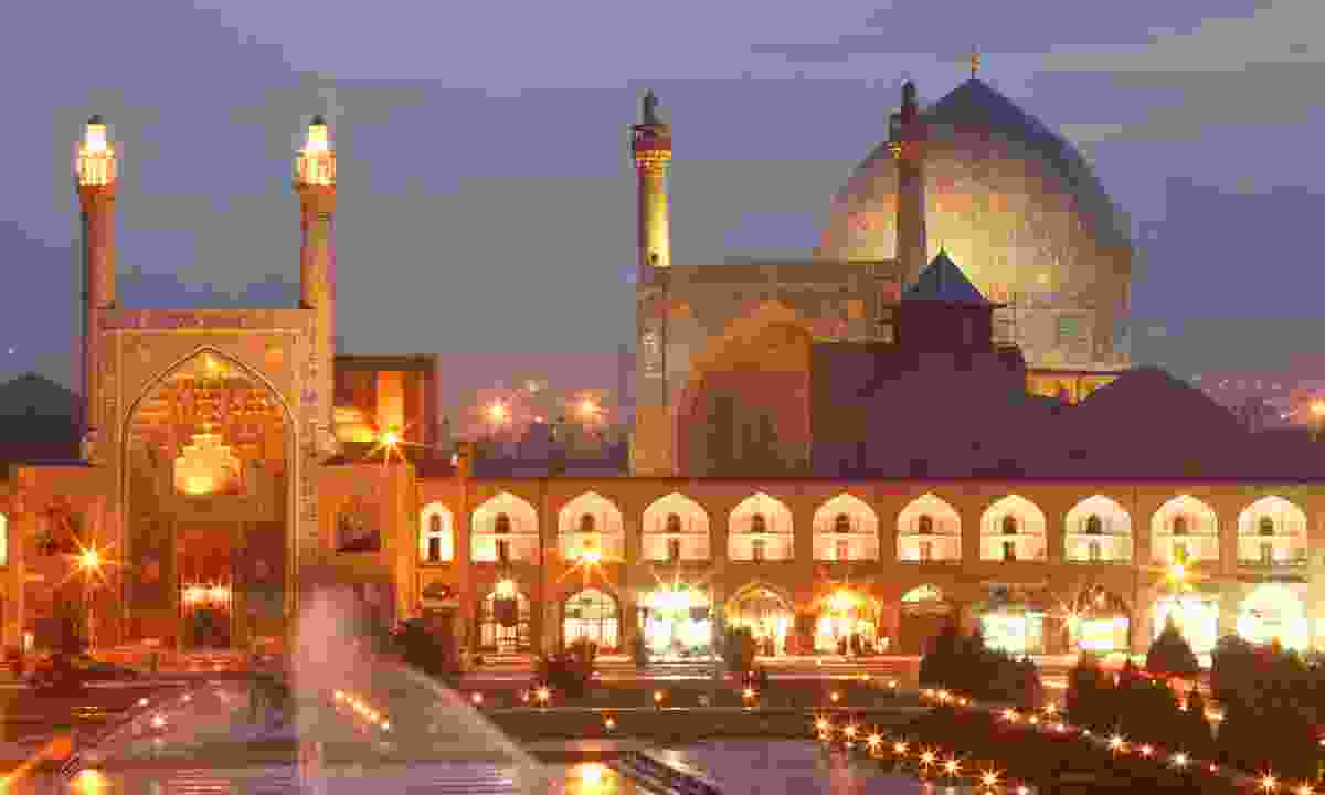 Sheikh Lotfollah Mosque Mosque, Iran (Dreamstime)