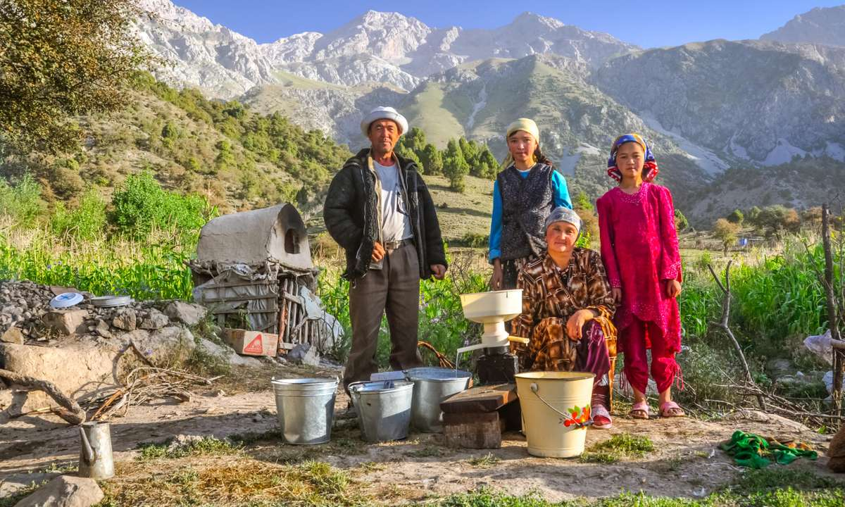 Meet and stay with Kyrgyz families in a traditional yurt (Dreamstime)
