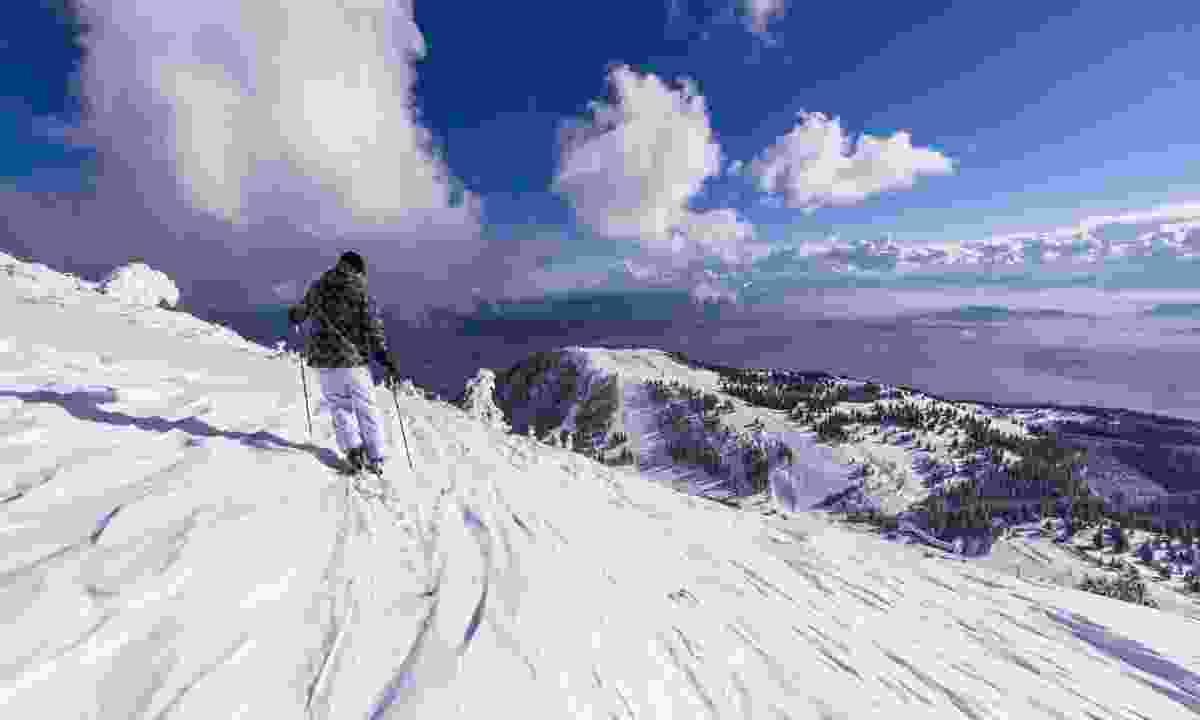 Skiing in Slovenia (Slovenian Tourist Board)