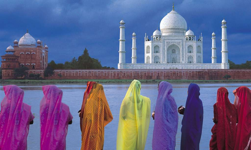 Ladies looking out to the Taj Mahal (India Unlocked)