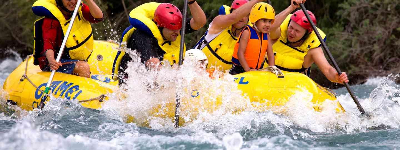 Main image: Kid white water rafting (Dreamstime)
